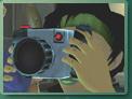 Jade prend une photo.